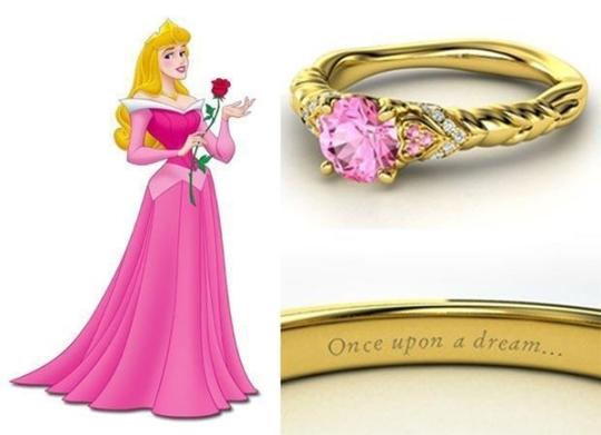Bela Adormecida  - turmalina e safira rosa com diamantes ($ 3.900)