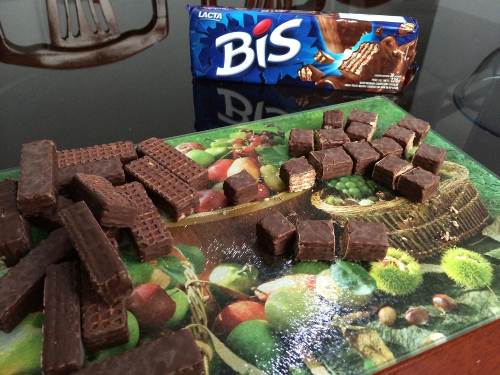 Gostosura:: Torta Sorvete de BIS (4/6)