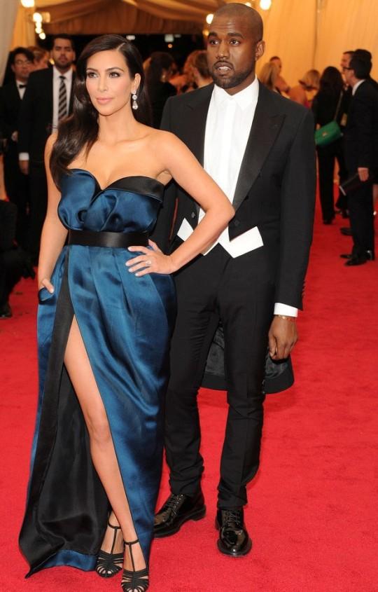 Kanye West e Kim Kardashian (Lanvin)