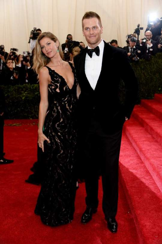 Tom Brady e Gisele Bundchen (Balenciaga)